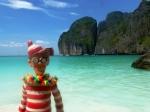 01/01/2013 – Maya Bay, Thaïlande : Charlie aussi fort que Leo Di Caprio. Il a trouvé LA plage