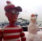 20/12/2012 – Istanbul, Turquie : Quelques soient les conditions climatiques, Charlie reste en tee shirt. Appelez-le Super Charlie !