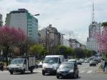 L'avenue du 9 juillet (9/07/1816, jour de l'indépendance argentine)