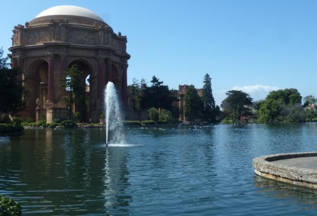 Ensemble architectural à la sauce gréco-romaine, le Palace of Fine Arts fut construit à l'occasion de l'exposition Panama-Pacific de 1915. Un endroit véritablement magique !