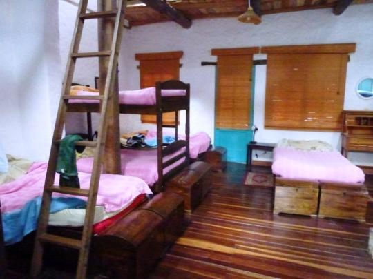 A l'hostel Anandamayi, c'est rose pour les filles ...